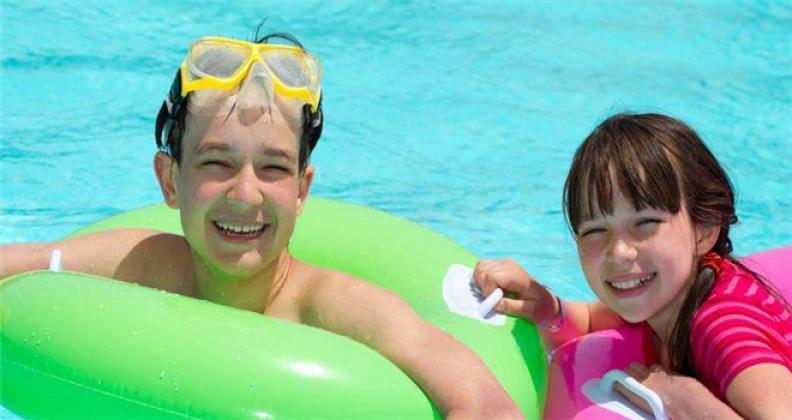 親親天使嬰兒游泳館加盟