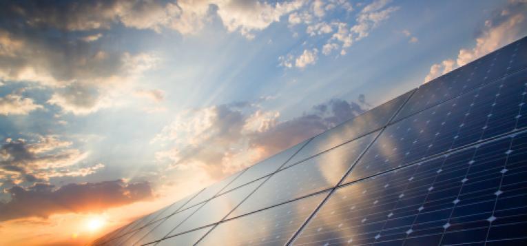 辉映太阳能加盟