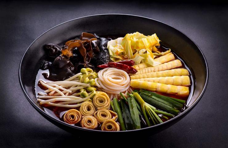 蒋麻重庆火锅米线