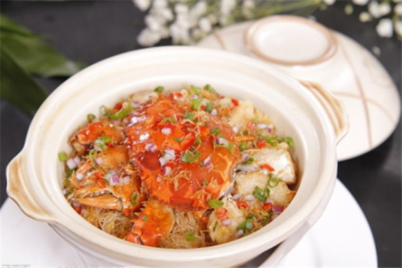 蟹蟹侬肉蟹煲加盟