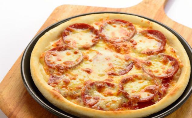 五元披萨加盟