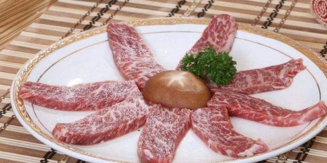 蜀小匠牛排火锅加盟